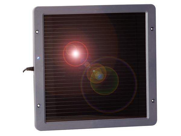 Petit panneau solaire photovolta�que pour recharge et  chargeur de Ipod, GSM, pad, PSP, console portable